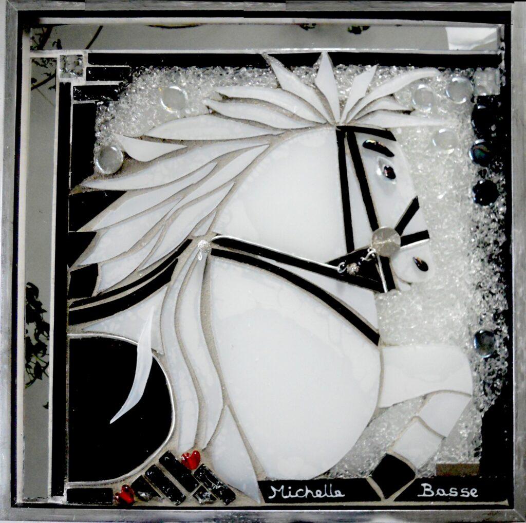 glaskunst, glaskunstner, Mette hest i glas, glashest, cirkushest, Enøe, glaspatch glaskunst, glaskunst udstilling, glaskunst galleri, Kunstmosaik, mosaik, glaskunst,  special opgaver, glaskunst bestilling