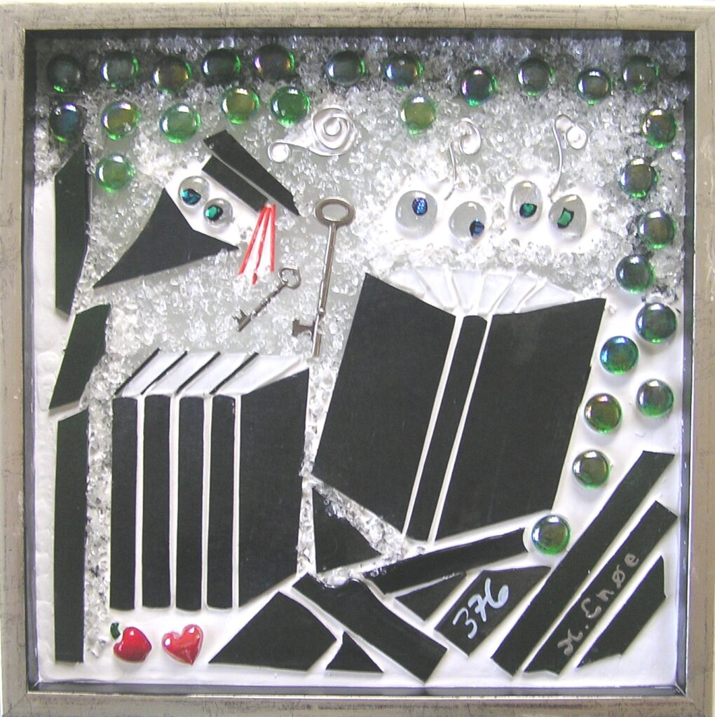 Mosaikker str. 30 * 30 cm, af Mette Enøe, glaskunster og specialist.  Se det flotte udvalg. Fremvisning af galleri efter aftale.
