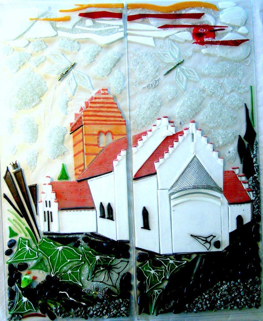 glaskunst, glaskunstner, Mette Enøe, glaspatch glaskunst, glaskunst udstilling, glaskunst galleri, Hårlev kirke, Hotger skolen Hårlev,