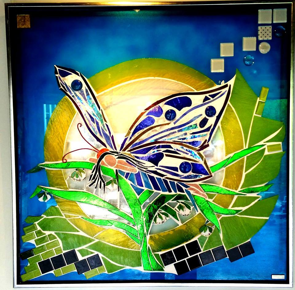 kunstmosaik, glasmosaik, glaskunst, glaskunst galleri, Glaspatch, Glaspatch glaskunst, Mette Enøe, glaskunst udstilling, Alf , Hvilende alf,  kunst udstilling