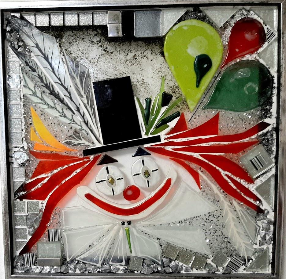 Mosaik, mosaikker, glaspatch mosaik, glaskunst, glaspatch glaskunst, glaskunst galleri, glaskunst udstilling, glaskunstner, Mette Enøe, klovn